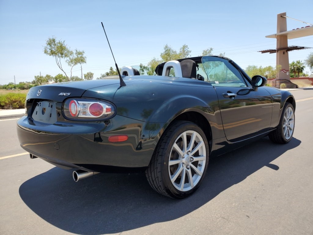 Pre-Owned 2008 Mazda Miata Grand Touring