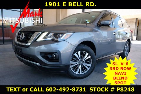 Pre-Owned 2017 Nissan Pathfinder SL 3 ROW